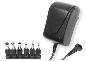 Univerzális kapcsoló üzemű hálózati adapter  1,5 A 3-12V, MW 3R15