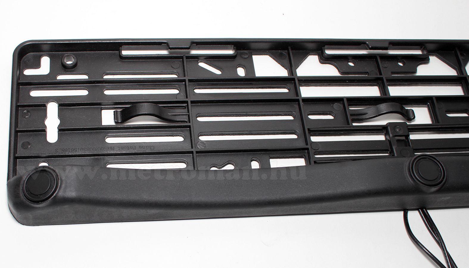 Rendszámtábla keretbe integrált tolatóradar Mlogic TP08