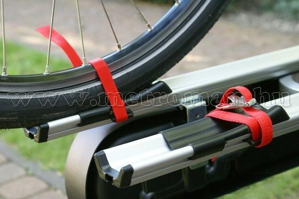 Autós kerékpártartó, kerékpárszállító vonóhorogra, Menabo Race 2
