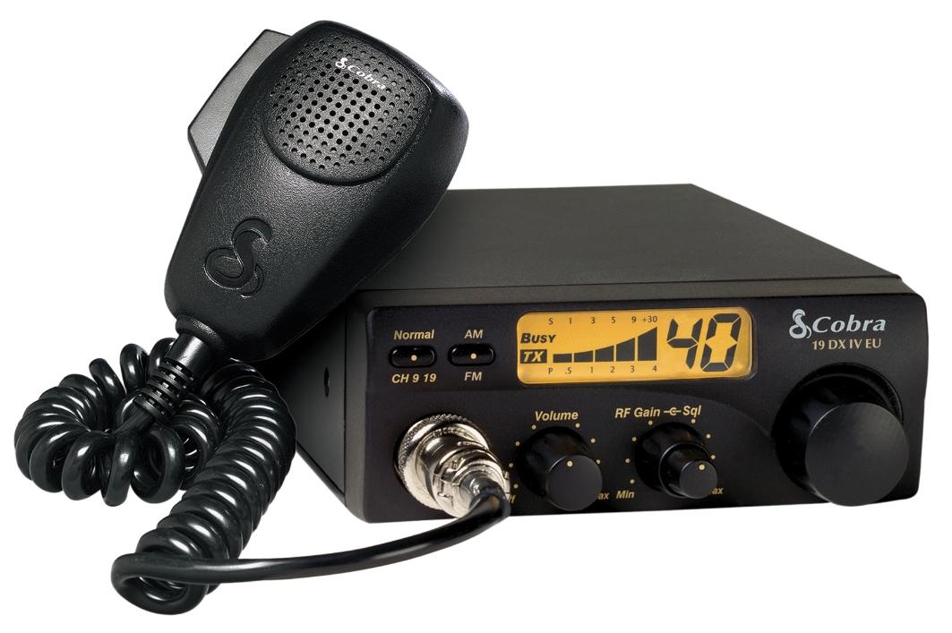CB rádió, AM 1 W / FM 4 W COBRA 19DXIVEU