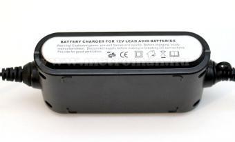 Intelligens automata akkumulátor töltő, csepptöltő, 12 V/2A Carstel 01.80.028