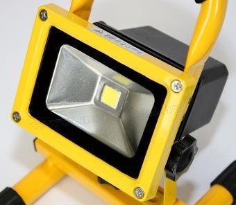 Akkumulátoros, tölthető LED Reflektor, 10 Watt, FLB10LED