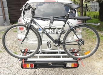 Autós kerékpártartó, kerékpárszállító vonóhorogra, Menabo Race 3