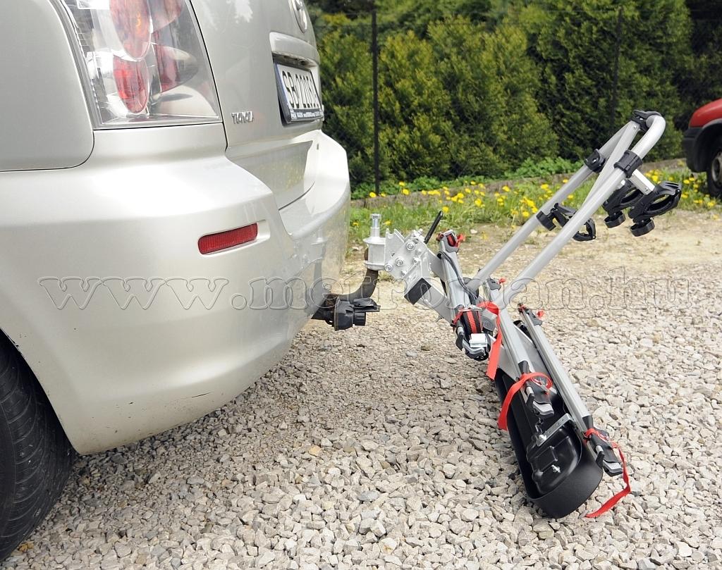 Autós kerékpártartó, kerékpárszállító vonóhorogra, Menabo Tilting 2
