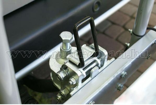 Autós kerékpártartó, kerékpárszállító vonóhorogra, Menabo Tilting 3