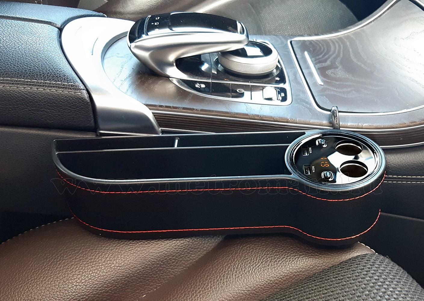 Autós Szivargyújtó elosztó USB töltővel és Voltmérővel MM5490